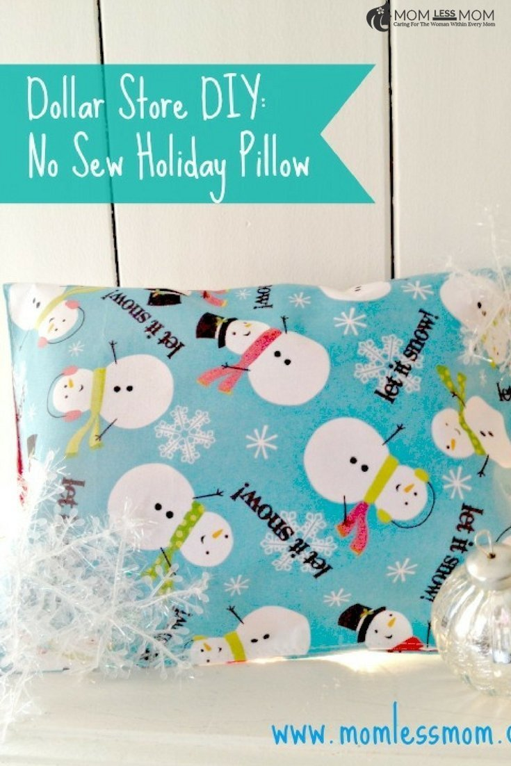 This no-sew holiday pillow is just one of the easy Christmas craft ideas you should try making! #DIY