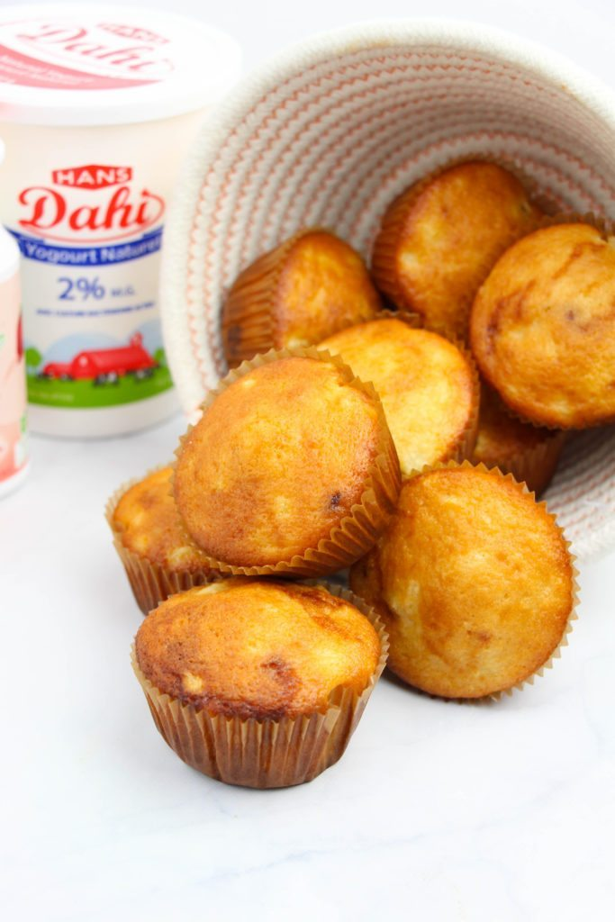 Make Pineapple Mango Muffins with #HansDairy - MomLess Mom