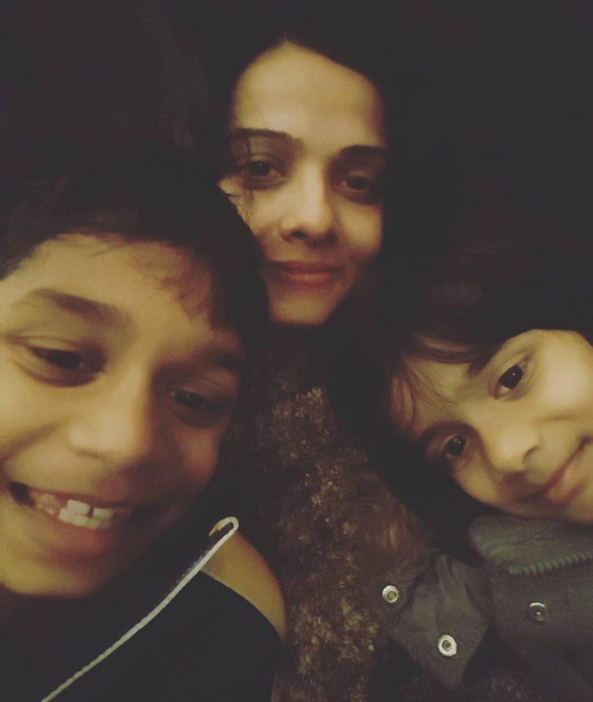 Kids and I- MomLess Mom Blog