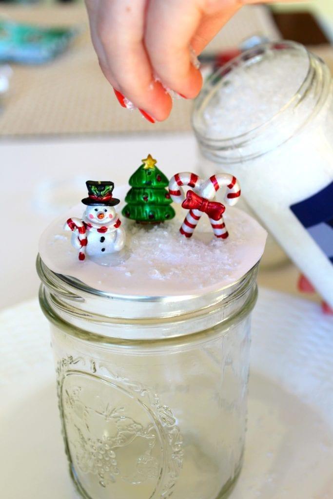 How to make Christmas Snow Globe